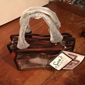 Accessories - ☘️2/$5 Handbag organizer